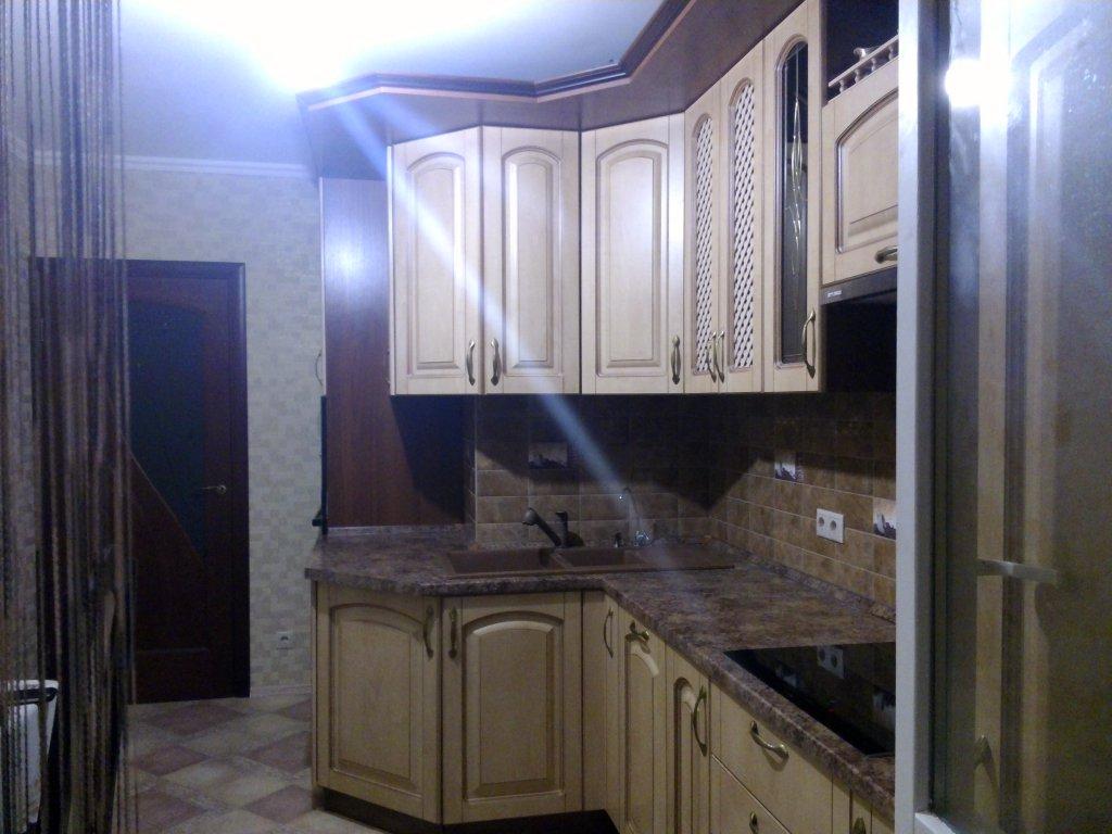 Ремонт кухни с вентиляционным коробом